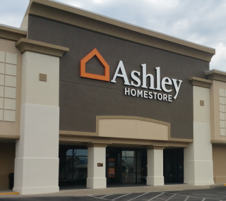 Pensacola, FL Ashley Furniture HomeStore 92126