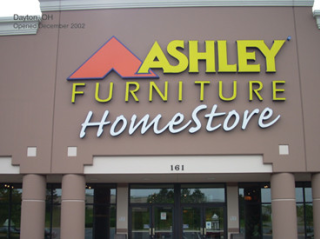 Brantford, ON Ashley Furniture HomeStore 115960