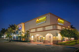 Davie, FL Ashley Furniture HomeStore 92894