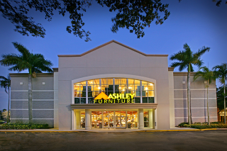 Sunrise, FL Ashley Furniture HomeStore 92333