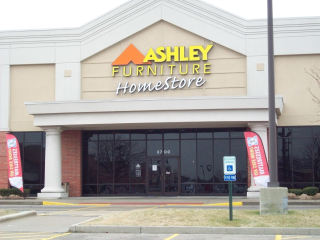 Shiloh, IL Ashley Furniture HomeStore 101858