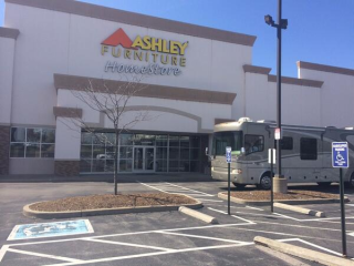 O'Fallon, MO Ashley Furniture HomeStore 101847