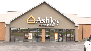 Quincy, IL Ashley Furniture HomeStore 91913