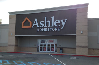 Brunswick, GA Ashley Furniture HomeStore 102099