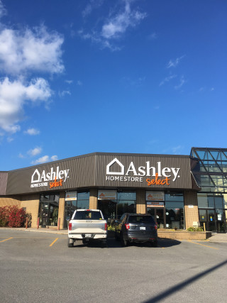 Kingston, ON Ashley Furniture HomeStore 12