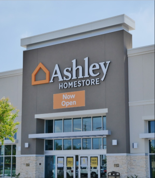Tampa, FL Ashley Furniture HomeStore 116780
