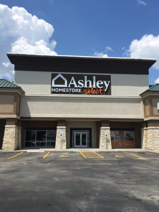 Nederland, TX Ashley Furniture HomeStore 7