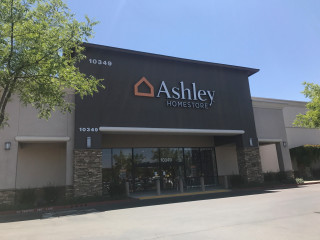 Roseville, CA Ashley Furniture HomeStore
