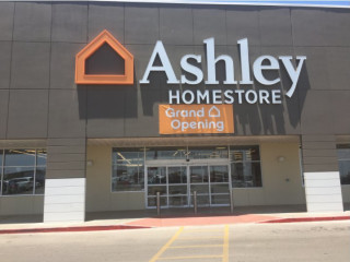 San Angelo, TX Ashley Furniture HomeStore