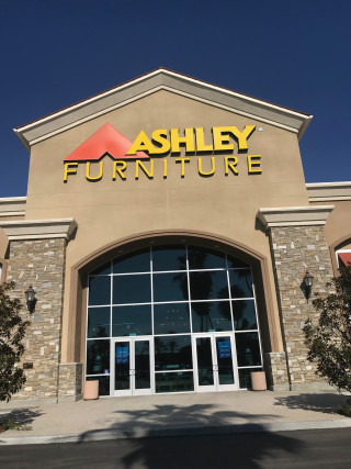 Laguna Hills, CA Ashley Furniture HomeStore 94963