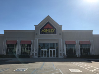 Northridge, CA Ashley Furniture HomeStore 94874