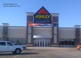 Cedar Rapids, IA Ashley Furniture HomeStore 102069