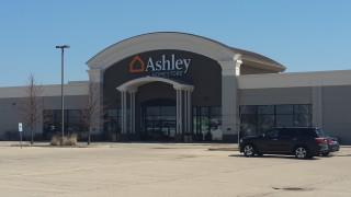 Algonquin, IL Ashley Furniture HomeStore 93063
