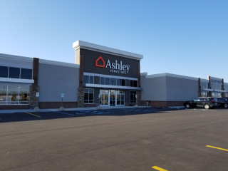 Grand Rapids, MI Ashley Furniture HomeStore
