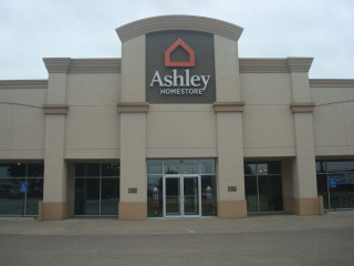 Manhattan, KS Ashley Furniture HomeStore 93374