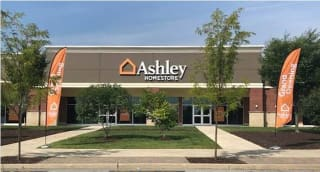 Poughkeepsie, NY Ashley Furniture HomeStore 94926