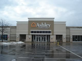 Furniture And Mattress Store In Burbank Il Ashley Homestore