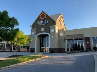 Cumming, GA Ashley Furniture HomeStore 93716
