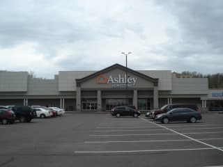 Eau Claire, WI Ashley Furniture HomeStore 94583