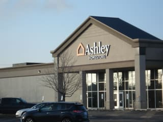 Joliet, IL Ashley Furniture HomeStore 94478