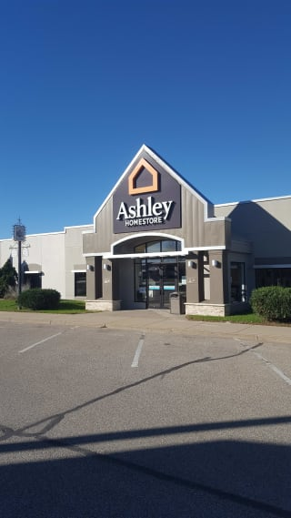 furniture and mattress store in arcadia wi ashley homestore 94203. Black Bedroom Furniture Sets. Home Design Ideas