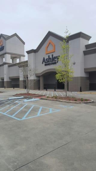 Ponchatoula, LA Ashley Furniture HomeStore 93870