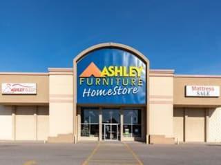 Sioux City, IA Ashley Furniture HomeStore 101906
