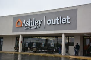 Clarksville, TN Ashley Furniture HomeStore