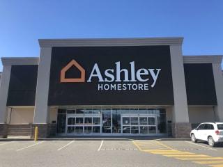 Abbotsford, BC Ashley Furniture HomeStore 102112