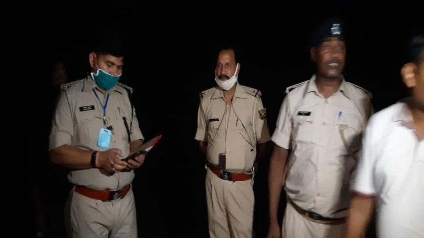नवगछिया में पुलिस और अपराधियों के बीच भिड़ंत, हुई 100 राउंड फायरिंग