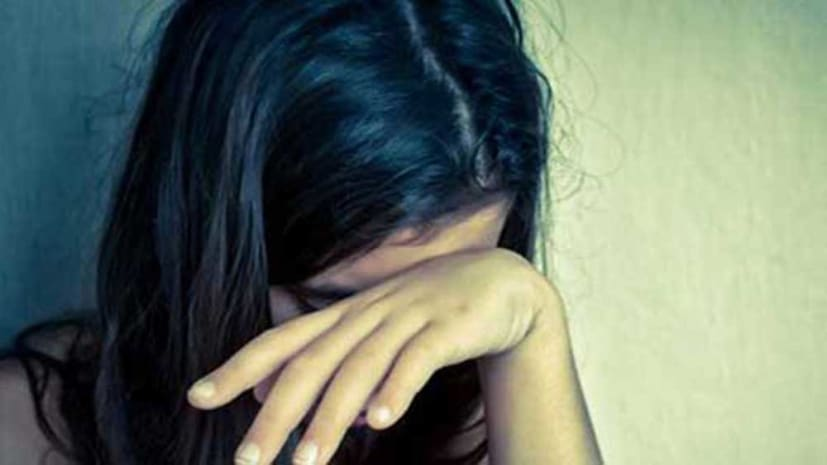 DSP ने रिश्तेदार की लड़की को बुलाया और फिर किया रेप, दुष्कर्म का वीडियो बना कर ब्लैकमेल करने वाला डीएसपी अरेस्ट