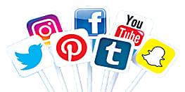 धूप में दौड़ने के बजाय, घर बैठे फेसबुक, यूट्यूब और ऑनलाइन भी कमा सकते हैं आप