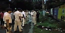 पुलिस और डकैतों के बीच हुई मुठभेड़ में 1 जवान शहीद, 1 डकैत ढेर, 3 गिरफ्तार, भारी मात्रा में हथियार बरामद