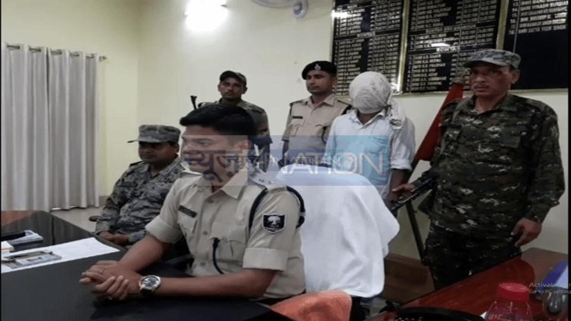 कुख्यात नक्सली गिरफ्तार, लेवी नहीं देने पर हत्या की वारदात को देता था अंजाम