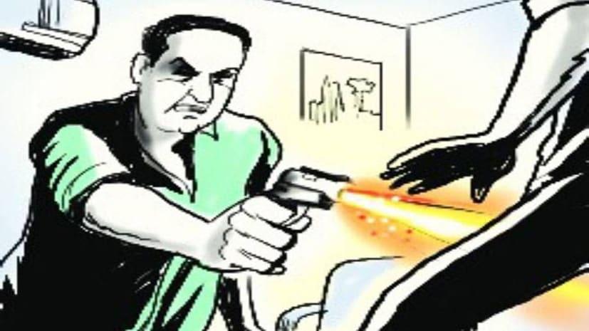 वैशाली में अपराधियों का तांडव, प्रखंड प्रमुख को दफ्तर में मारी गोली, जख्मी का चल रहा इलाज
