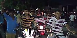 गया में ऑटो चालकों ने निकाला कैंडल मार्च, रवि के हत्यारों को गिरफ्तार करने की मांग