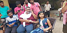 पांचवीं क्लास की छात्रा सौम्या सिद्धि ने पटना के आपदा पीड़ितो के लिए गुल्लक फोड़ की मदद