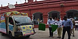 डीएम ने हरी झंडी दिखाकर कोरोना जागरुकता रथ को किया रवाना, गांव-गांव में लोगों को कोरोना से बचने के बताएगी उपाय