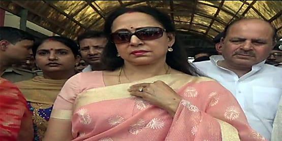 ड्रीम गर्ल हेमामालिनी का बिहार दौरा आज, इन क्षेत्रों में चुनावी सभा को करेंगी संबोधित