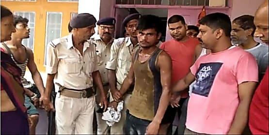 पटना में मॉर्निग वॉक के दौरान महिला से छीनी चेन, एक स्नेचर को लोगों ने पकड़ किया पुलिस के हवाले