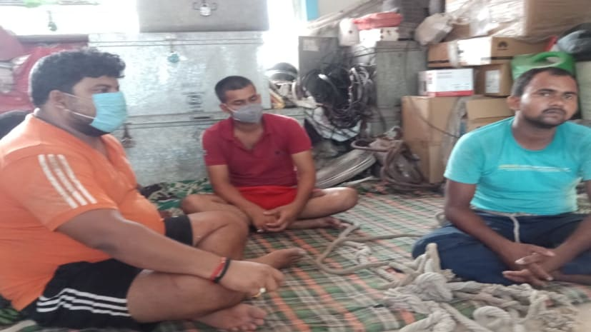 पटना में एक ट्रक शराब के साथ तीन गिरफ्तार, करमलीचक इलाके में पुलिस की कार्रवाई