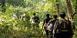 नक्सलियों के अम्मा और उनके बच्चे, बिहार-झारखंड में मचा सकते है तबाही, जानिए कौन हैं ये अम्मा और उनके बच्चे