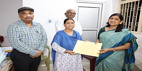 लवली आनंद को भी राजद ने चुनावी मैदान में उतारा, राबड़ी देवी ने दिया सिंबल,जानिए कहां से लड़ेंगी चुनाव