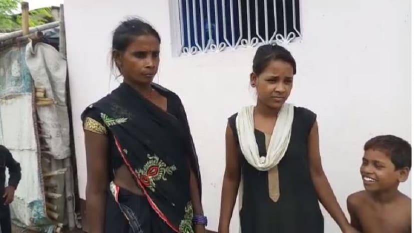 छात्राओं ने शिक्षिका पर लगाया भेदभाव का आरोप, आयुक्त ने दिए जांच के आदेश
