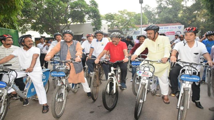 डेंगू के डंक से छटपटा रहे पटनावासी और बिहार के स्वास्थ्य मंत्री दिल्ली में कर रहे जॉगिंग
