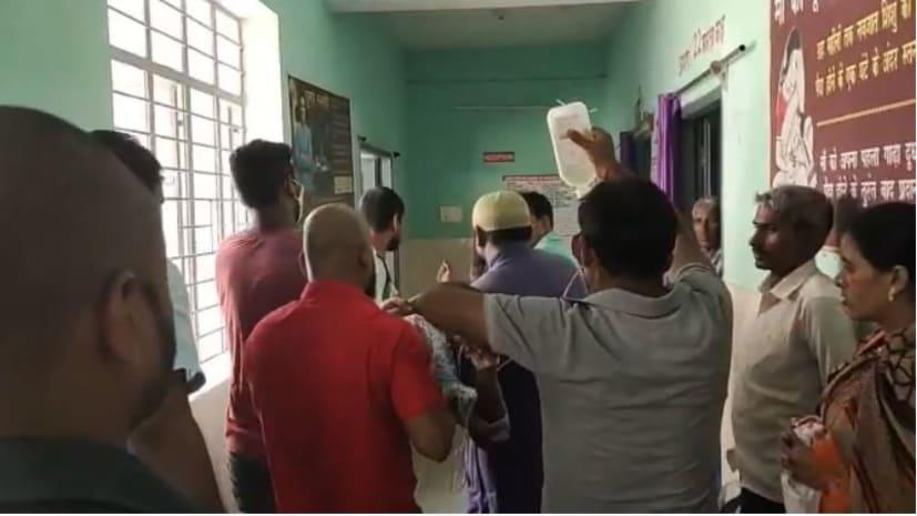 औरंगाबाद में ट्रक की चपेट में आने से दो बच्चे घायल, इलाज जारी