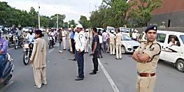पटना में सघन वाहन जांच अभियान की हुई शुरुआत, पुलिस ने सीटबेल्ट और हेलमेट के लिए लोगों को किया जागरूक