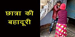 छेड़खानी करने पर छात्रा ने की ई-रिक्शा चालक की जमकर पिटाई, तस्वीरें सोशल मीडिया में वायरल