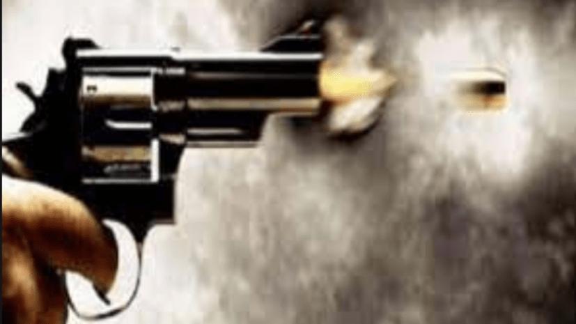 गोपालगंज में अमाजोन कंपनी के सुपरवाइजर को अपराधियों ने गोली मार कर लूटे 1.80 लाख रुपए