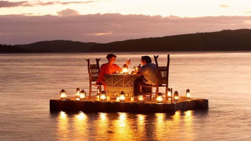 Valentine's day पर ऐसे खुश करें अपनी महबूबा को, कभी दूर नहीं जाएगी आपसे...